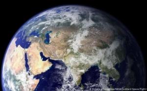 O placă tectonică uriaşă de sub Oceanul Indian se rupe în două