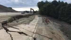 O porțiune din Autostrada Deva - Lugoj s-a prăbușit înainte de a fi inaugurată