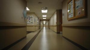 O tânără din Brăila a venit cu dureri la spital la câteva zile după ce născuse, dar a fost trimisă acasă de medici și a murit