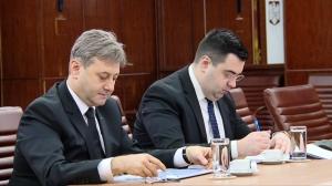Omul lui Cuc și Dințoi-ul Rovanei Plumb au compromis Tarom la IATA