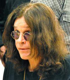 "Ozzy Osbourne, turneu mondial ""de adio"