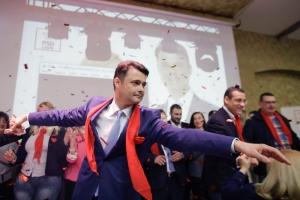 Pentru evenimentul unde a fost lăudat primarul Daniel Florea au creat o pagină de Facebook cu 35.000 de lei!