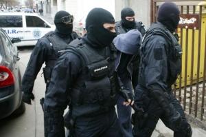Percheziții la suspecți de infracțiuni economice cu un prejudiciu de peste 5 milioane de euro
