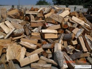 Prețul lemnului de foc a crescut, în ultimii șase ani, cu circa 250%