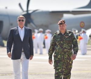 Presedintele Klaus Iohannis participa la exercitiul militar