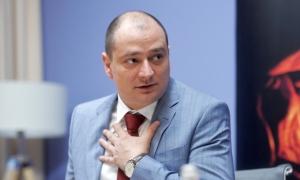 Primarul stomatolog Băluță arunca 200 de copii în câmp, ca pe niste măsele stricate!