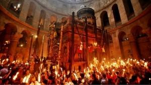 Rezultatele analizei fizicienilor: Lumina Sfanta din Ierusalim este un miracol
