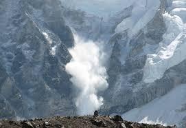 Risc de avalanșe la peste 2000 de metri altitudine, în Bucegi și Făgăraș