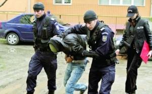 România, raiul infractorilor si recidivistilor: 200 de infractiuni cu violenta au fost comise deja de detinutii eliberati compensatoriu de Tudorel Toader