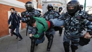 Rusia vrea ca Google sa ii impiedice pe utilizatorii YouTube sa mai publice informatii despre protestele politice