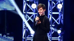 S-a sinucis Cătălin Caragea, concurent la X Factor România! Solistul a fost găsit fără suflare în casă