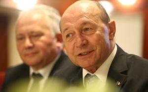 Scenariul lui Traian Băsescu pentru ziua moţiunii de cenzură. Ce crede fostul preşedinte că se va întâmpla