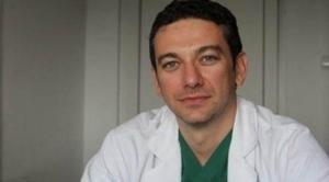 Se intampla in Romania: A operat gratis la un spital privat doi pacienti in stare foarte grava!