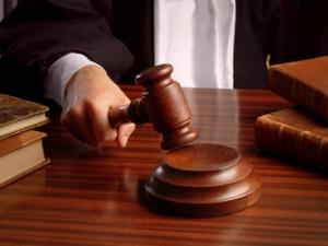 Sentinţă inedită la Tribunalul Iaşi: Un cuplu acuzat de evaziune fiscală, condamnat să facă şcoală