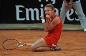 Simona Halep pastreaza echipamentul rosu purtat la inceputul anului: