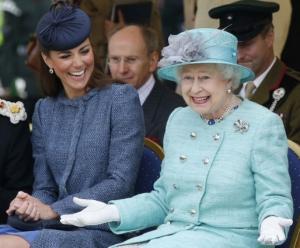 Studenții de la Oxford au votat înlăturarea portretului reginei Elisabeta a II-a pentru că reprezintă