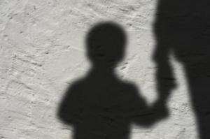 Suspiciuni majore în cazul morții fetiței de doi ani care s-ar fi înecată în cada de baie