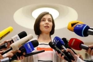 Tensiuni la Chişinău. Guvernul riscă să fie demis: Socialiştii au depus o moţiune de cenzură