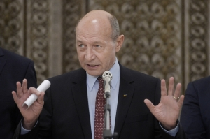 Traian Băsescu: Infiltrarea SRI în instituţiile statului, gândită în cerc cu oameni politici