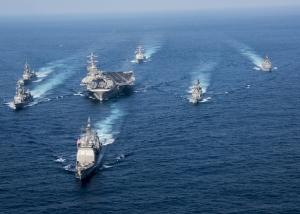 Trei portavioane americane vor efectua exerciţii militare în apropierea Peninsulei Coreea