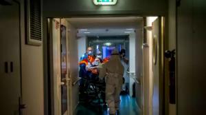 Un doctor din România acuză: Sunt mai multe victime în rândul persoanelor care nu au Covid