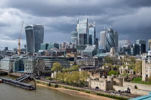 Un pacient infectat cu coronavirus a participat la o conferință lângă Parlamentul din Londra, alături de 250 de persoane