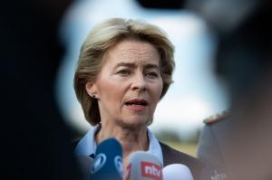 Ursula von der Leyen a promis ca va fi cat se poate de dura cu statele unde guvernele vor sa controleze justitia