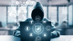 Viața dublă a Nataliei - hackerul rus din Genova: magiciană a fraudelor cibernetice arestată după 2 ani!