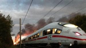Zeci de morţi şi răniţi după ce un tren a intrat în plină viteză într-o mulţime de oameni