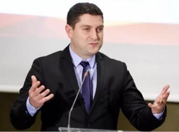 """Apel al unui lider PSD către Guvern: """"Nu sacrificaţi bugetarii!"""""""
