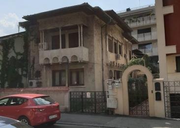 """Controversatul judecător Corneliu Bogdan Ion-Tudoran, proprietar """"ascuns"""" al unei vile de... 1,2 milioane de euro"""