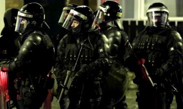 Femeie ucisă într-un schimb de focuri în Irlanda de Nord. Poliția suspectează un incident terorist