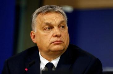 Fidesz a fost suspendat din Partidul Popular European