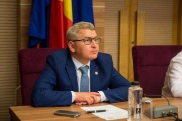 """Florin Roman, liderul deputaţilor PNL: """"Putem discuta de alegeri anticipate în prima parte a verii"""""""