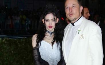 Grimes, extravaganta soţie a lui Elon Musk, a învăţat la şcoala catolică, s-a întâlnit cu Musk pe Twitter şi au un copil împreună, pe X Æ A-Xii