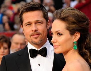 Kate Middleton și William i-au primit în vizită pe Angelina Jolie și Brad Pitt