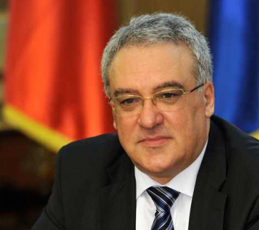 Parlamentarii sunt monitorizaţi non stop de către Cristian Panciu, secretarul general al Camerei Deputaţilor