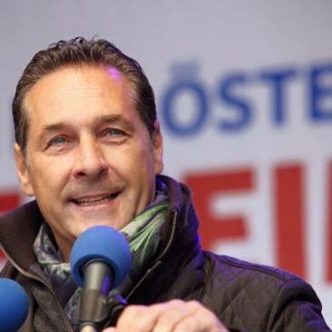 Vicecancelarul austriac, surprins într-o înregistrare privind mai multe contracte guvernamentale