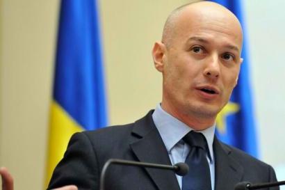 Bogdan Olteanu, viceguvernatorul BNR, reţinut de DNA