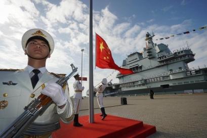 """China acuză SUA de crearea unui """"inamic imaginar"""""""
