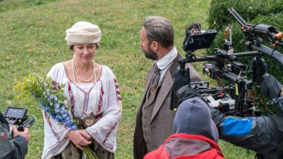 Filmul Queen Marie of Romania nominalizat la la premiile UCIN, actrița Roxana Lupu în rolul Reginei Maria nominalizată pentru Premiul pentru interpretare feminină