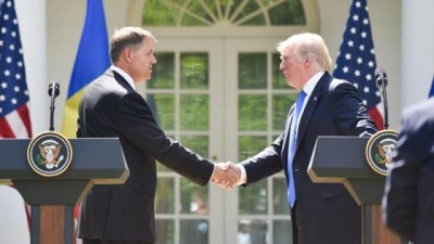 Klaus Iohannis se întâlneşte, la Washington, cu Donald Trump