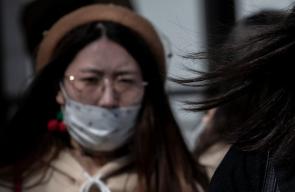 Noul virus din China: Epidemia a ajuns în marile orașe, s-a confirmat transmiterea de la om la om