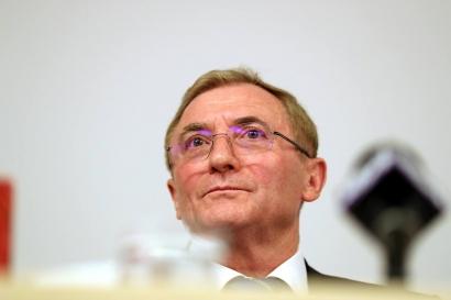 Procurorul general Augustin Lazăr și-a depus cererea de pensionare