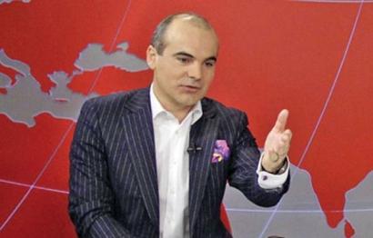 Rares Bogdan: Cat de barbat sunteti, domnule Basescu?