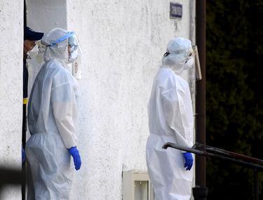 România ajunge la 50 de cazuri de victime COVID în 24 de ore. Este o dublare a mortalității în două săptămâni