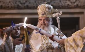Valul trei al pandemiei si Sfintele Paști: Pentru al doilea an la rând românii nu vor avea voie în biserici în noaptea de Înviere