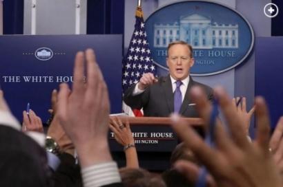 Ziariștii CNN și New York Times au primit interdicție la Casa Albă