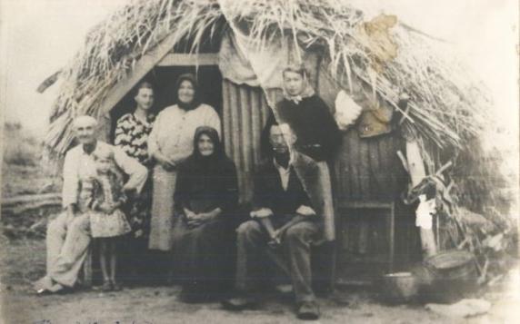 """""""Rusaliile Negre"""": 70 de ani de la noaptea în care 40.000 de oameni din Banat au fost stramutati în arşiţa Bărăganului"""