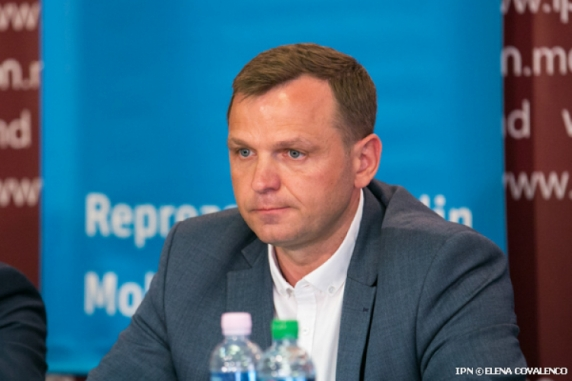 Andrei Năstase: Ceea ce s-a întâmplat la Chisinau constituie o lovitură de stat!